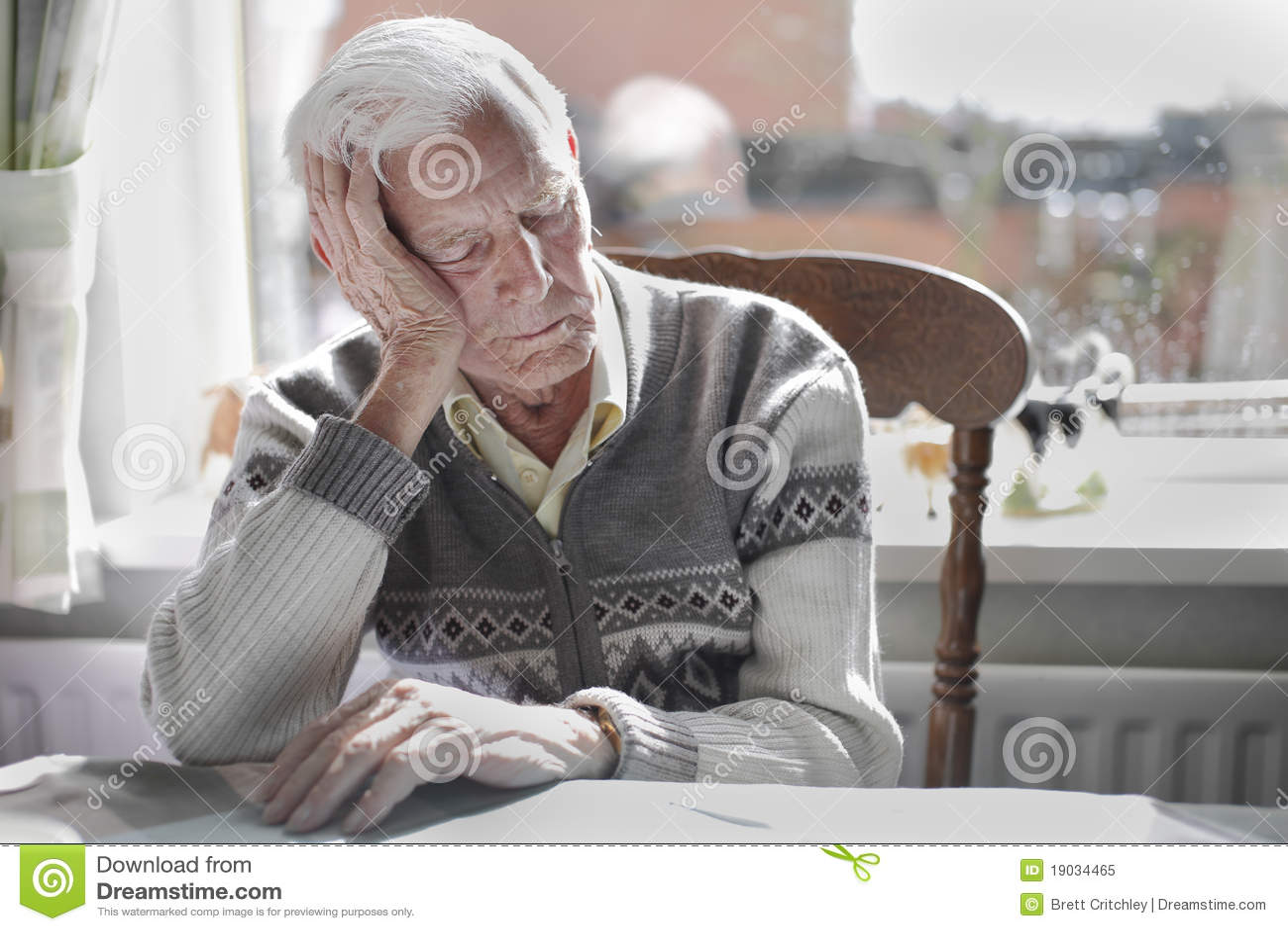 спать человека старый