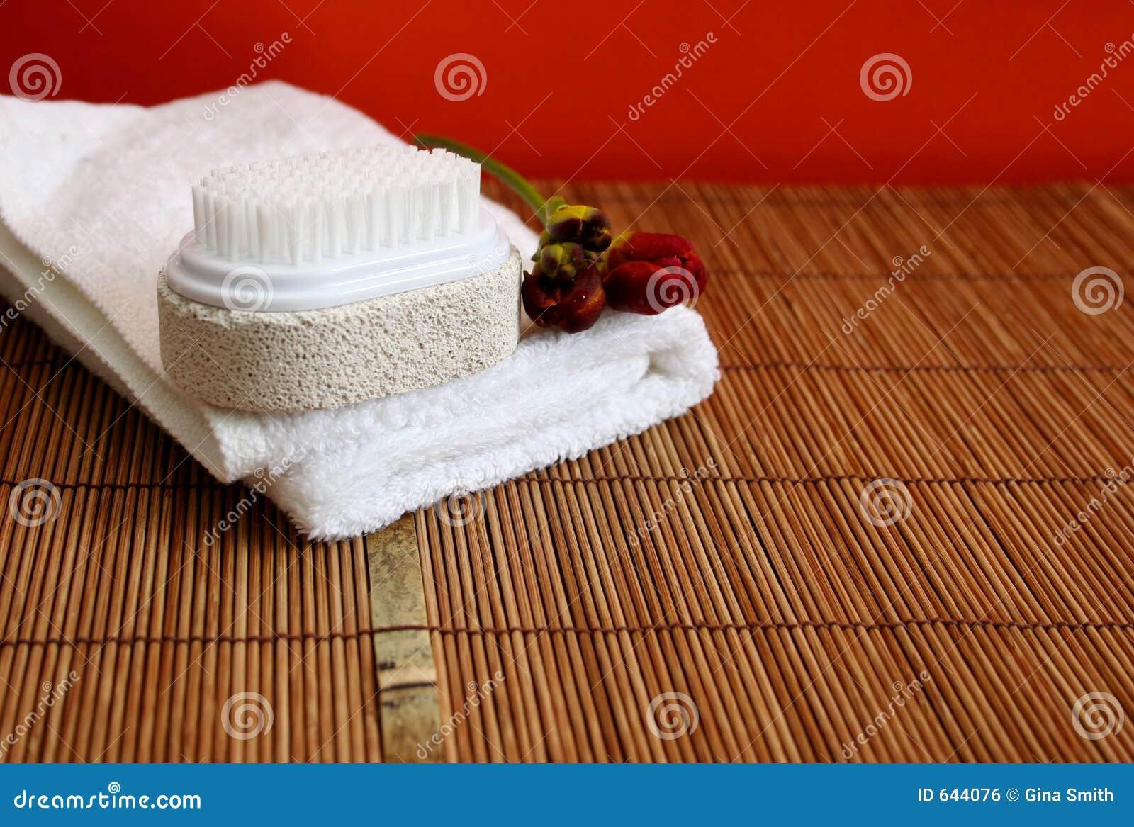 Download спа здоровья красотки стоковое фото. изображение насчитывающей ванна - 644076