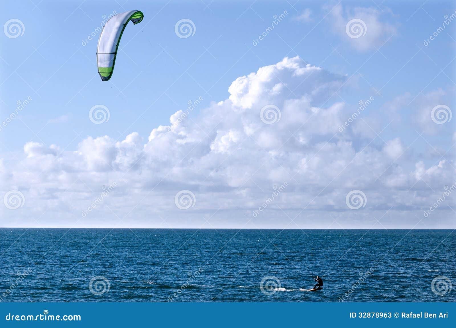 Спорт моря восхождения на борт змея