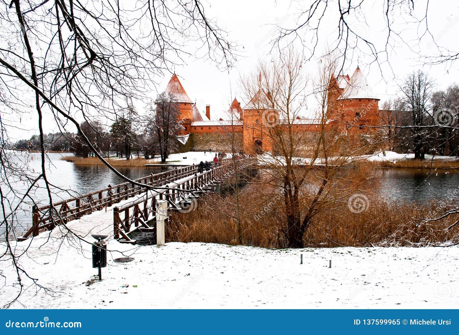 Средневековый замок Trakai, Вильнюса, Литвы, Восточной Европы, в зиме