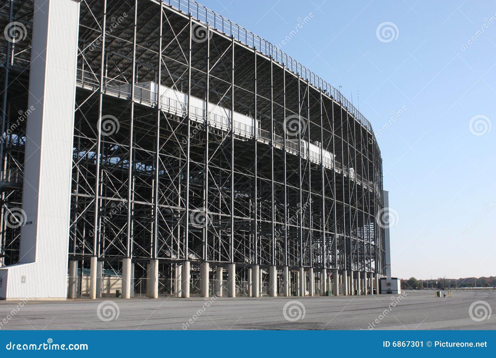 стадион беговой дорожки зодчества