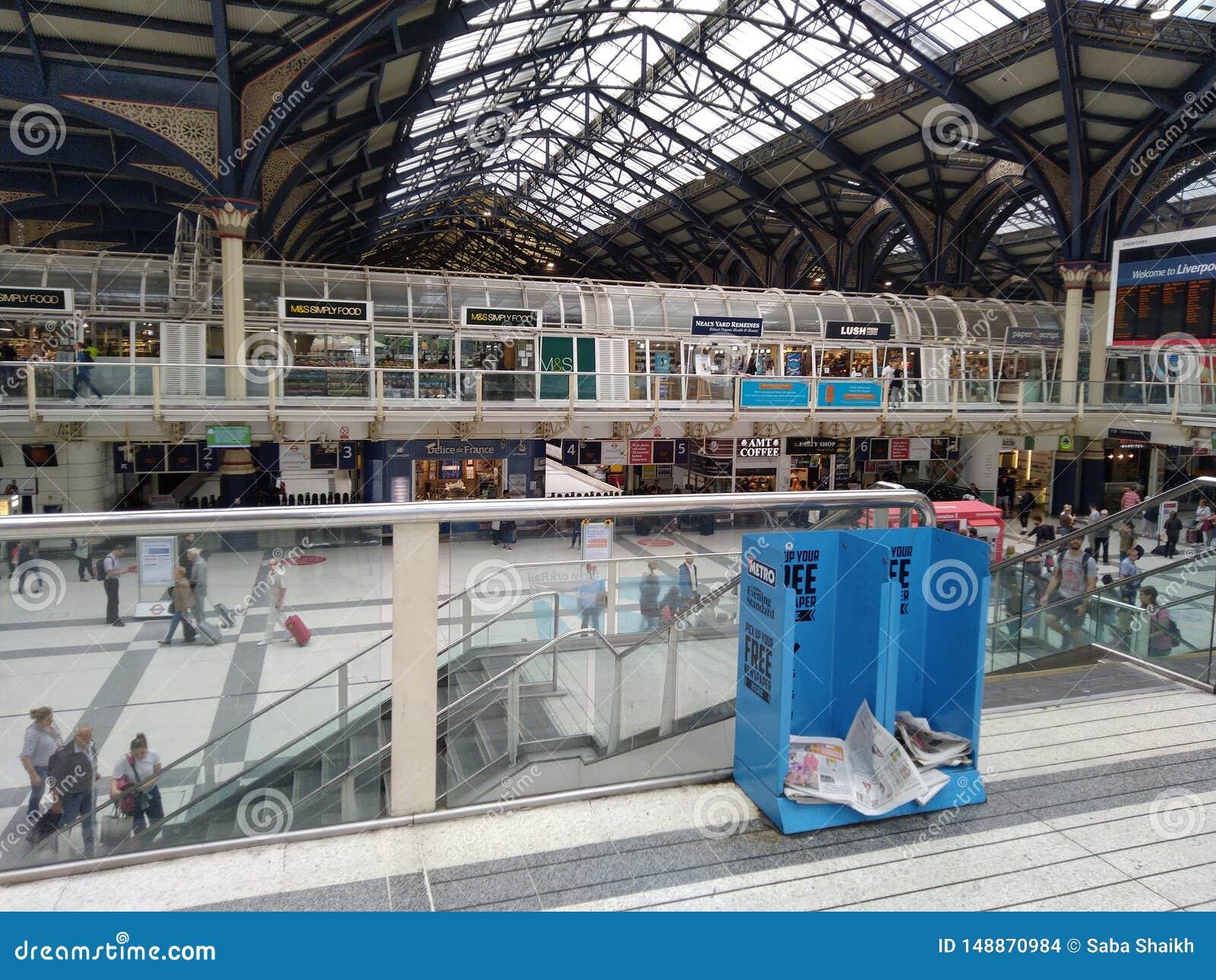 станция Ливерпуль Лондон Великобритания Overground метро