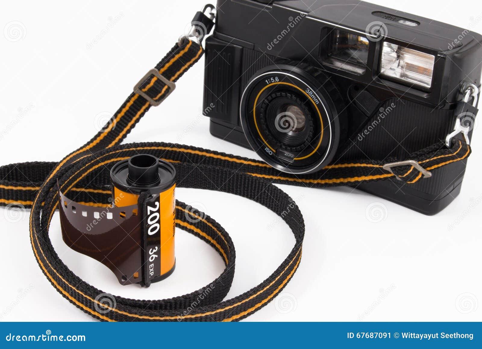 snimaet-na-kameru-video-volosatenkie