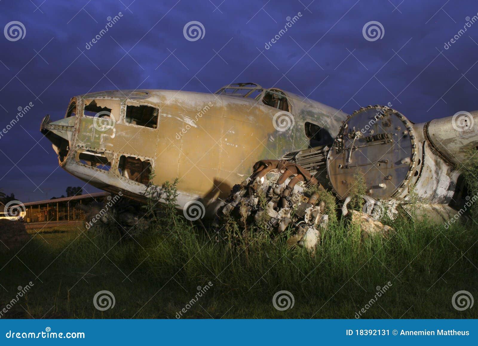 старая плоская развалина