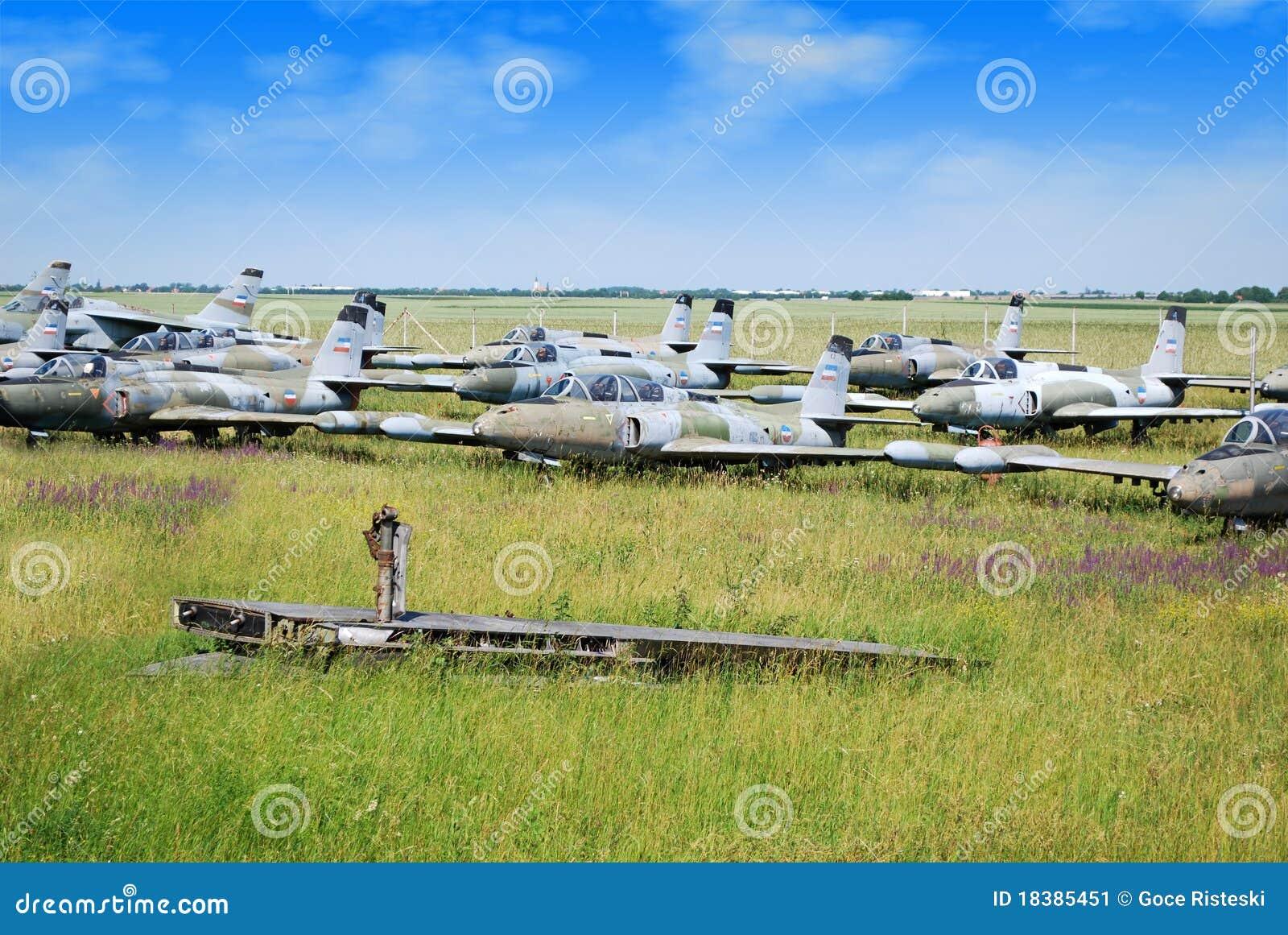 старая реактивного истребителя самолетов воинская
