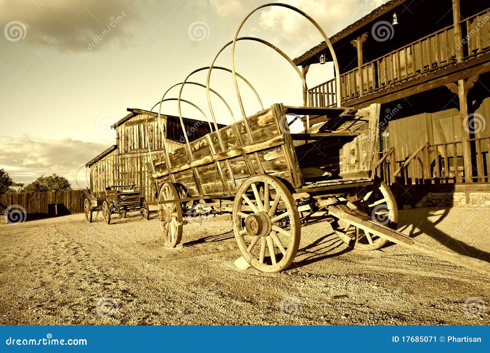 Старая тележка фуры ковбоя Диких Западов