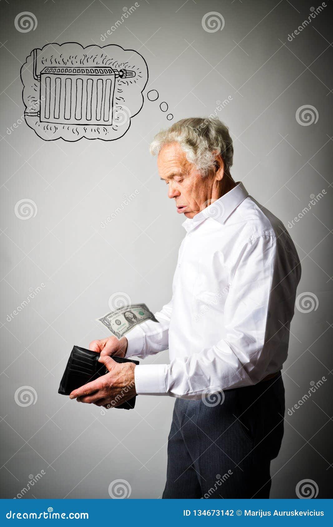Старик в белом и пустом бумажнике Сезон топления, один доллар, большие издержки, налоги и концепция бухгалтерии