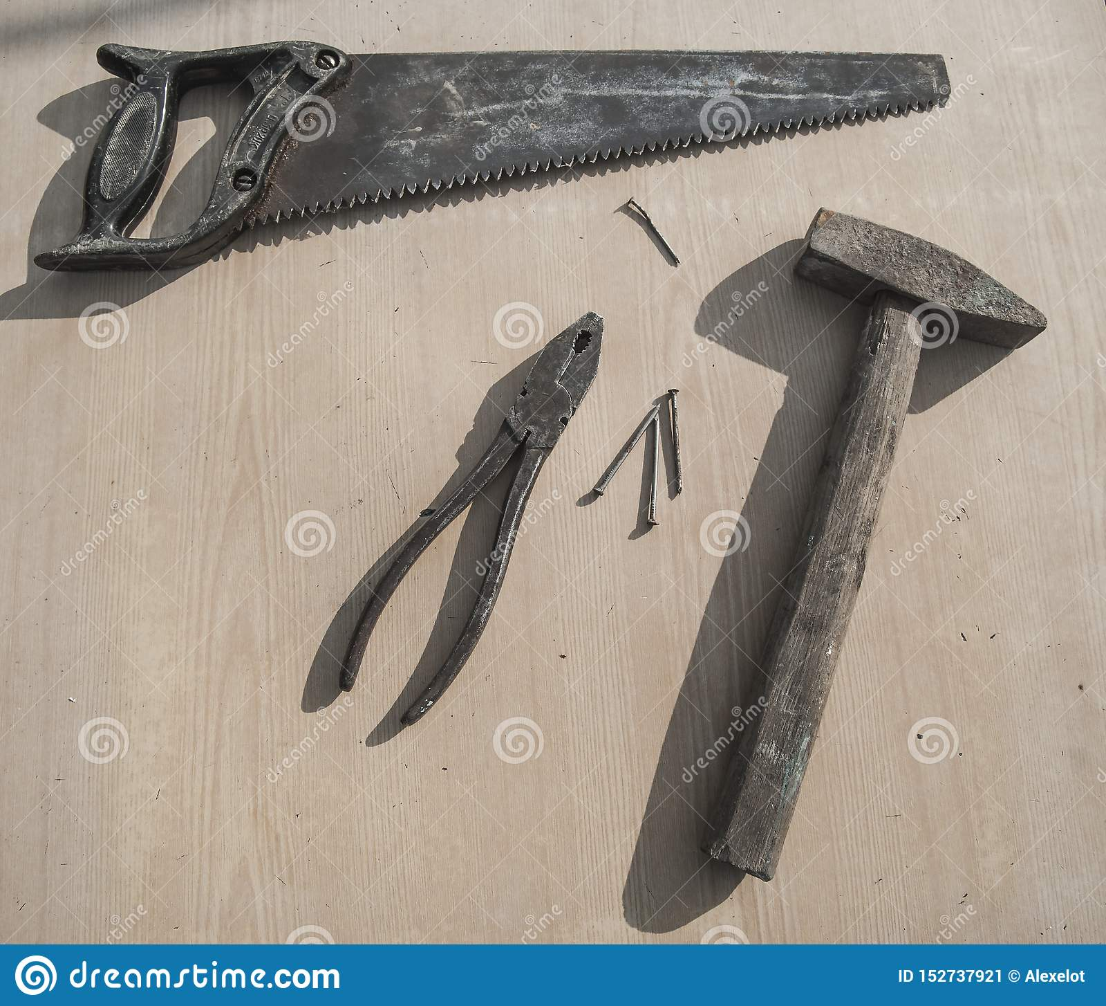 Старые инструменты липких жидкостей