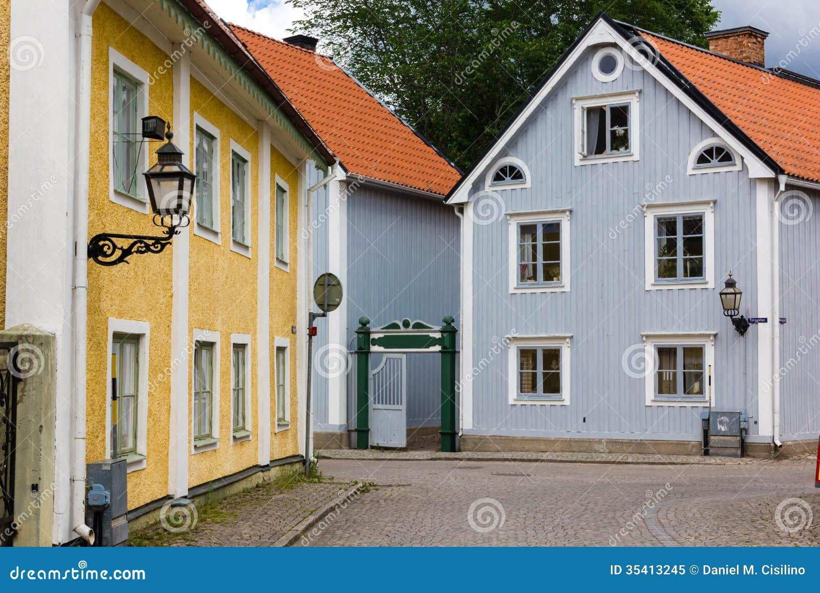 Старые красочные здания. Vadstena. Швеция