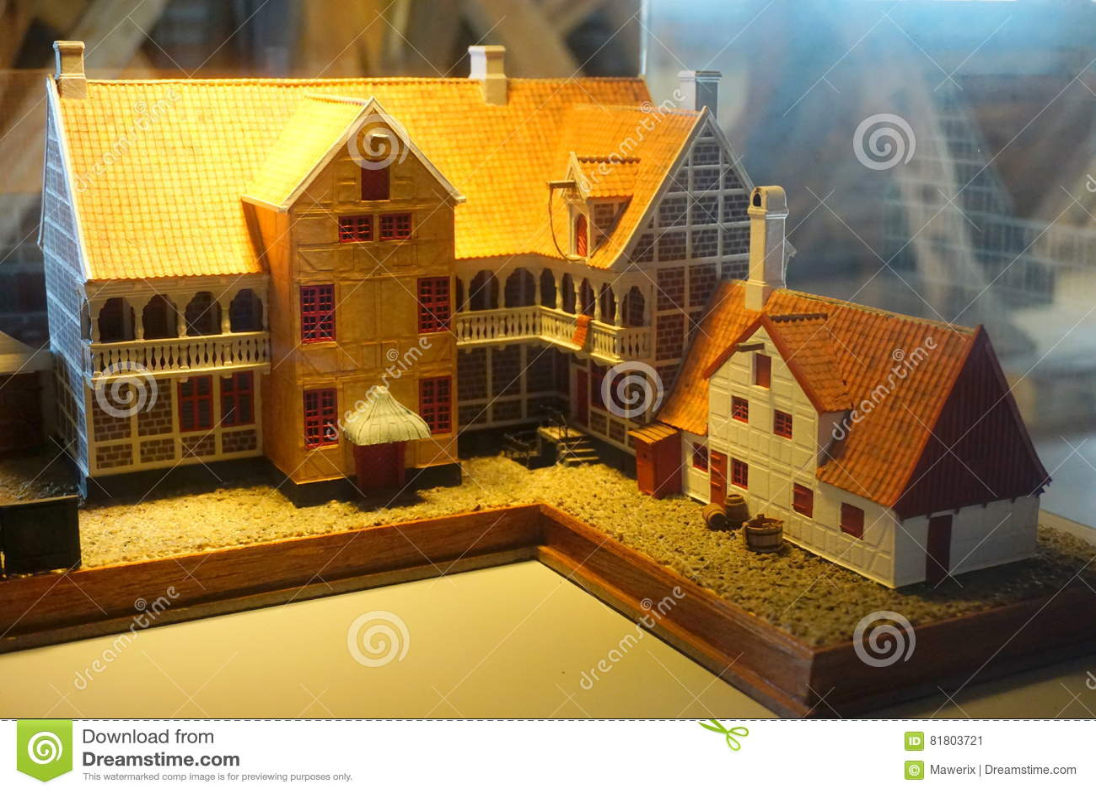 Старые модели городка
