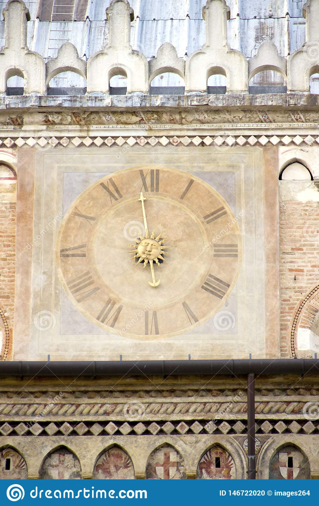 Старые часы в Падуе