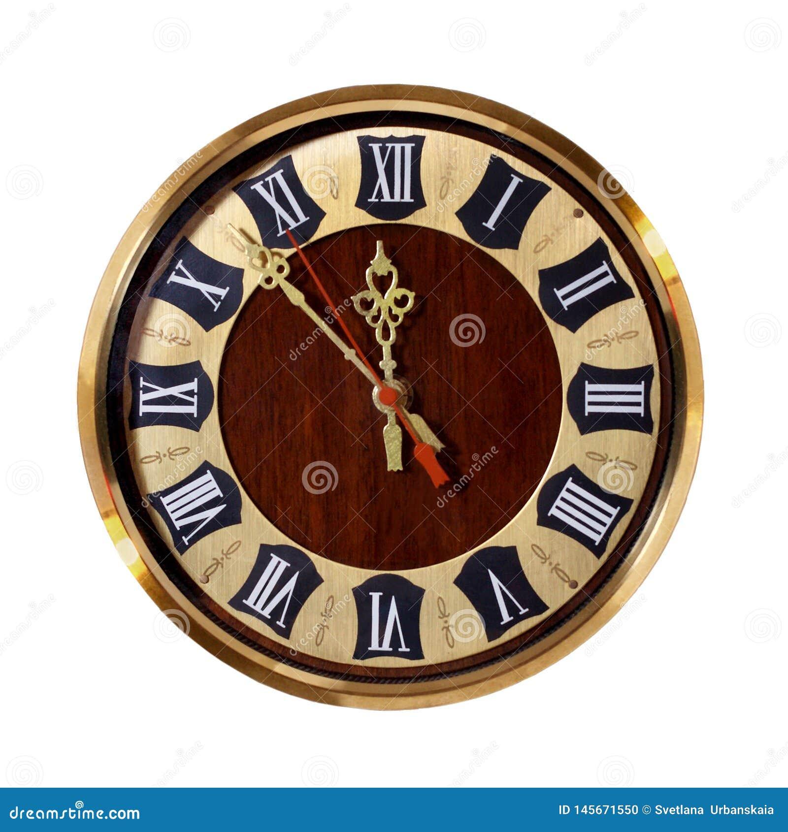 Старые часы с римскими цифрами