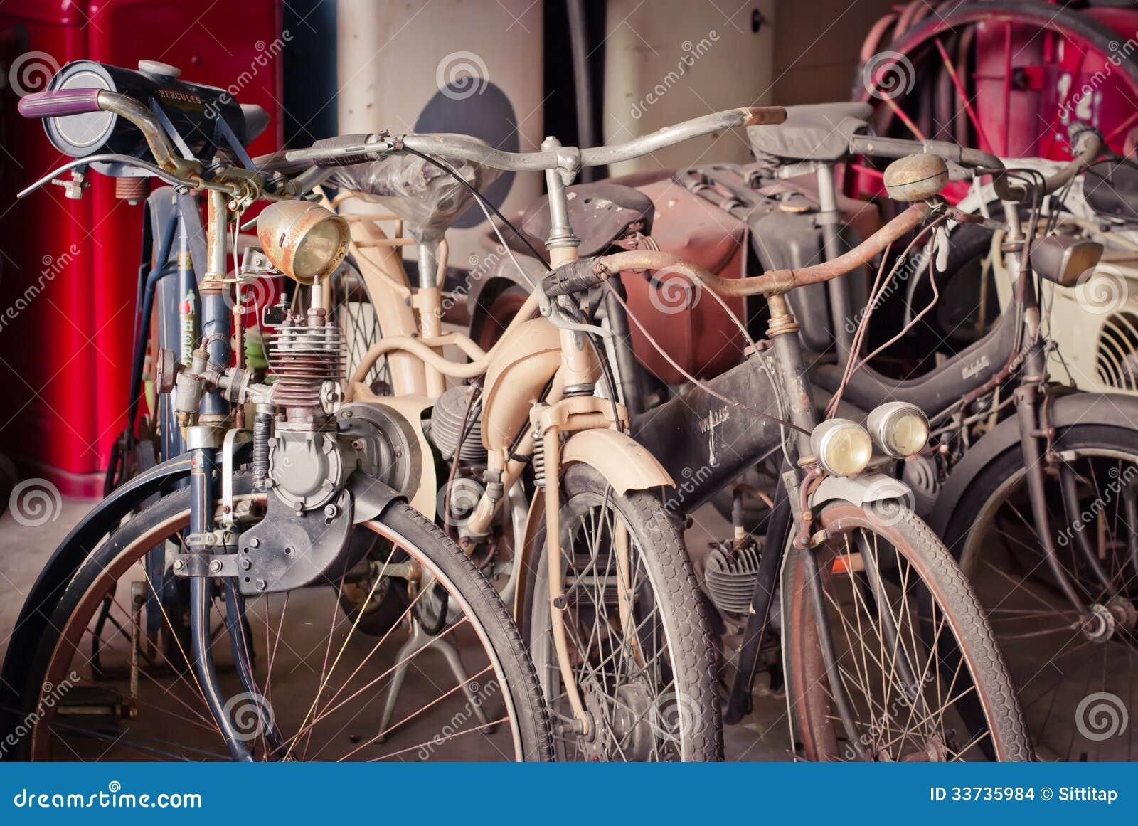 Старый велосипед против