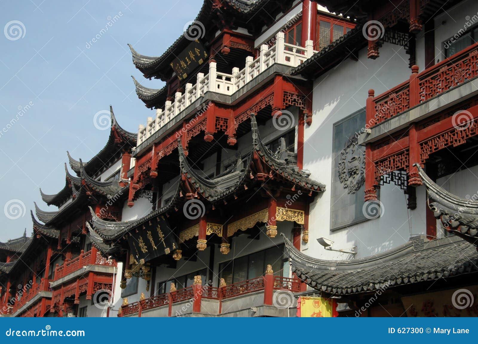 Download старый городок shanghai стоковое фото. изображение насчитывающей востоковедно - 627300