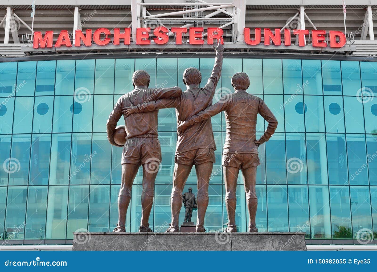 Старый стадион Trafford