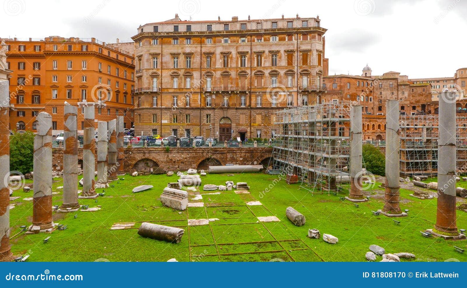 Старый форум Trajan в Риме