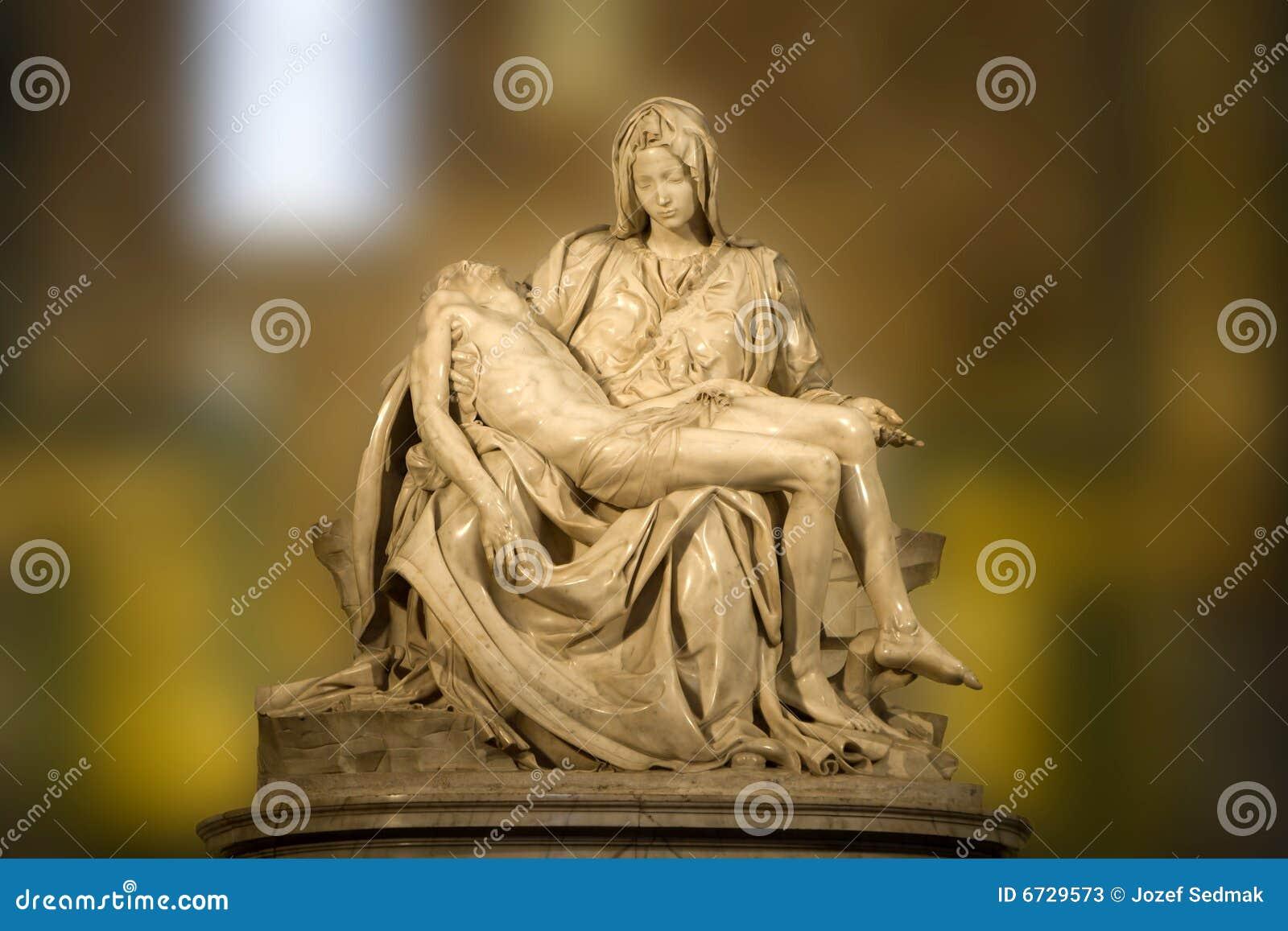статуя pieta michelangelo