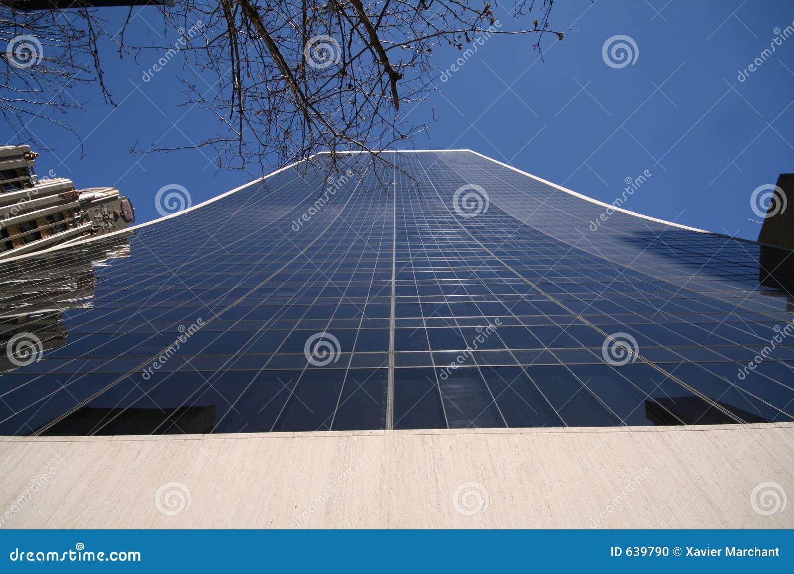 Download стекло здания высокорослое стоковое фото. изображение насчитывающей зодчества - 639790