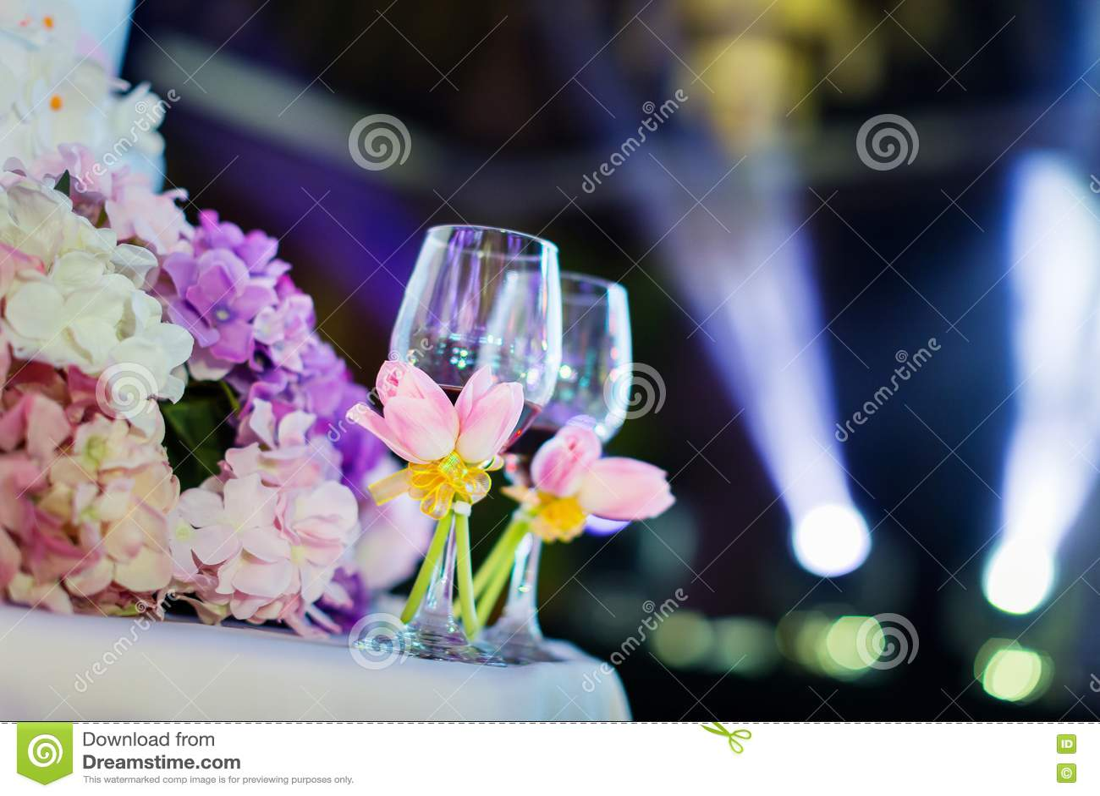 Стекла шампанского свадьбы