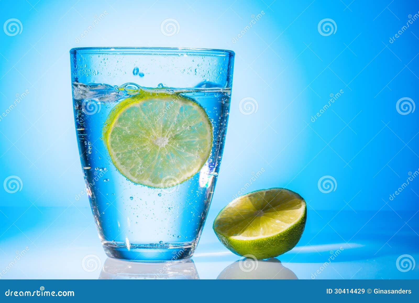 Стекло и известка воды