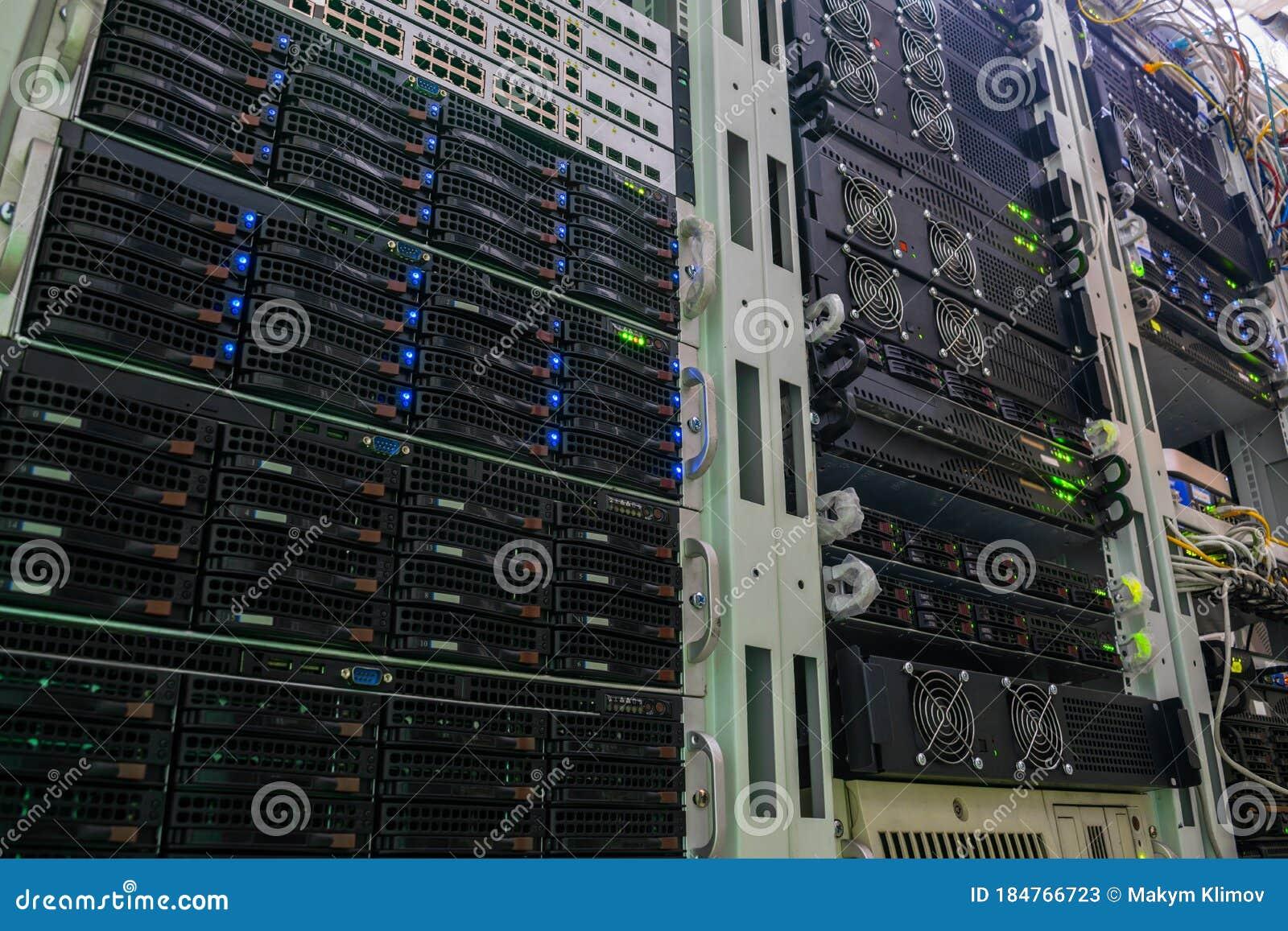бесплатный хостинг для сервер cs
