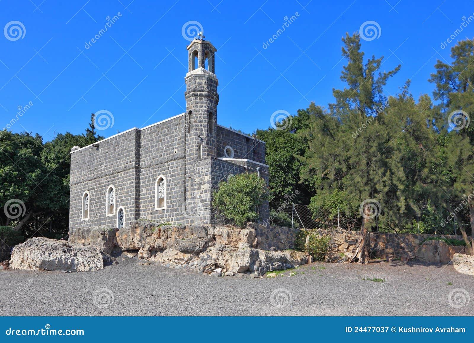 стена церков самая старая каменная