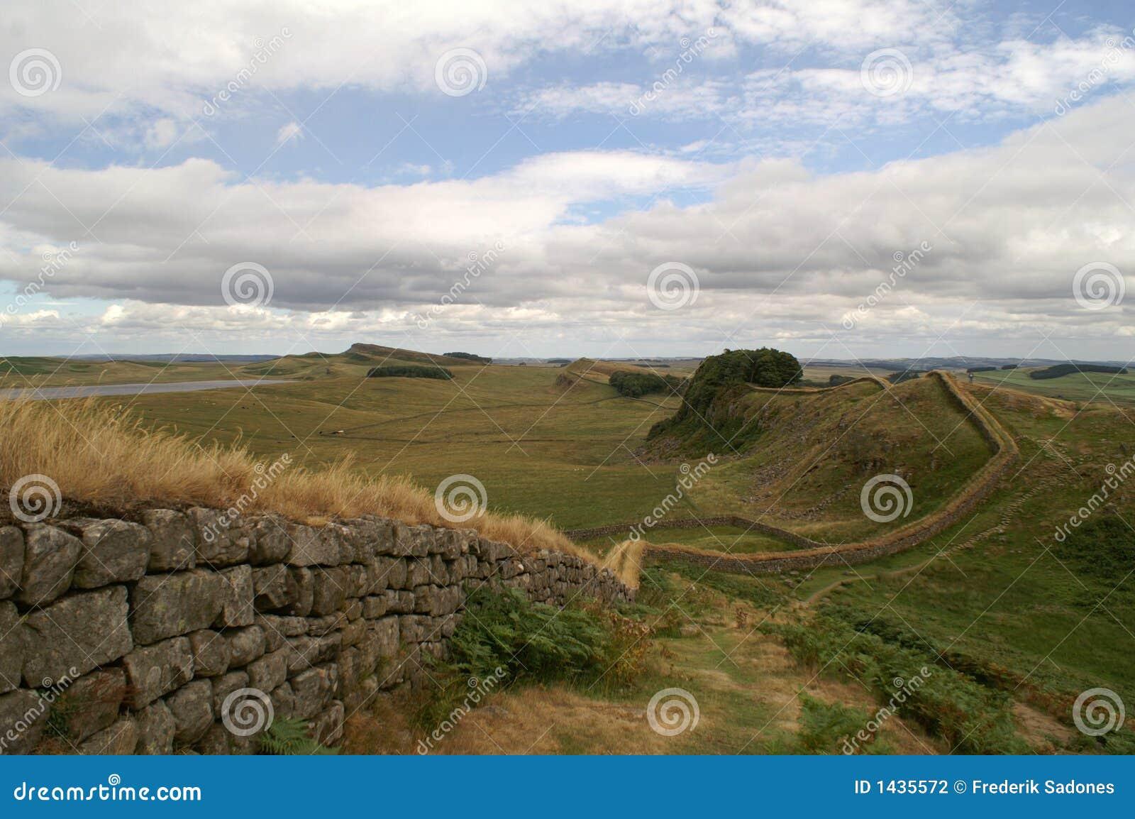 стена hadrians