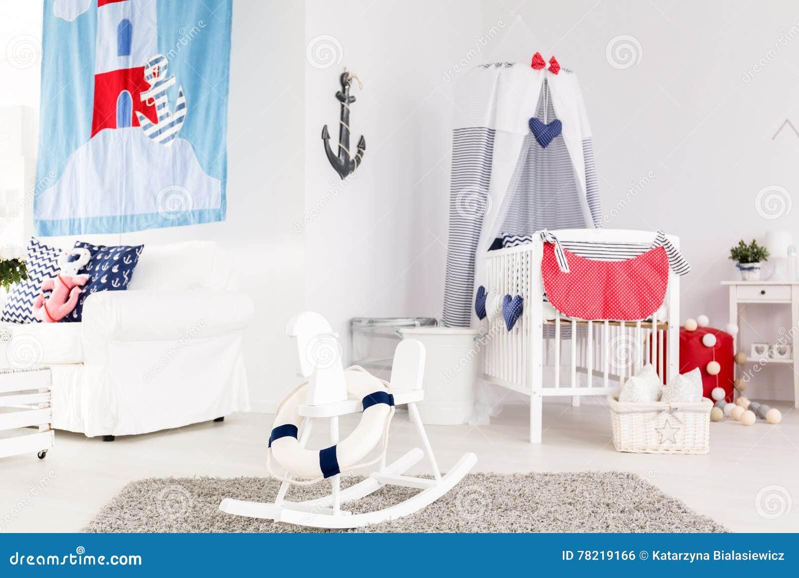 Стильная комната младенца