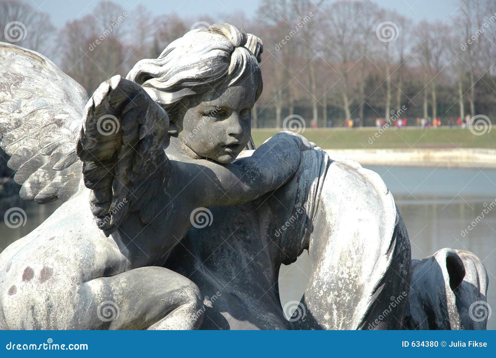 Download сторона ангела стоковое фото. изображение насчитывающей озеро - 634380