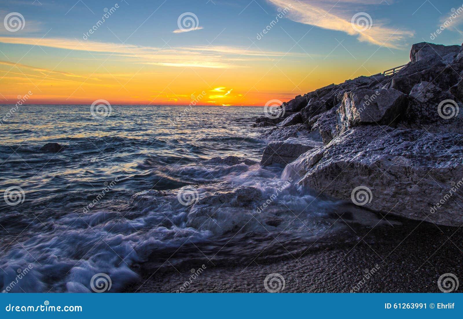 Сторона восхода солнца Великих озер