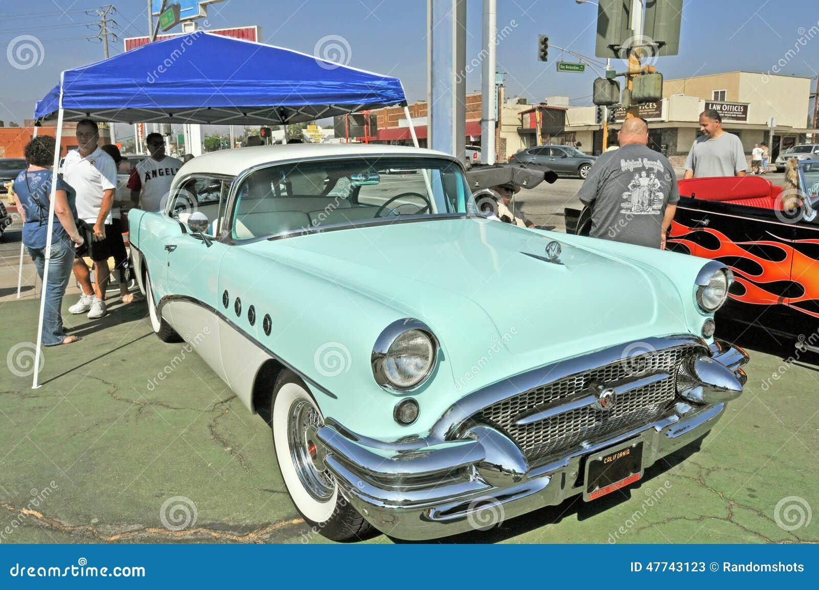 Столетие Buick