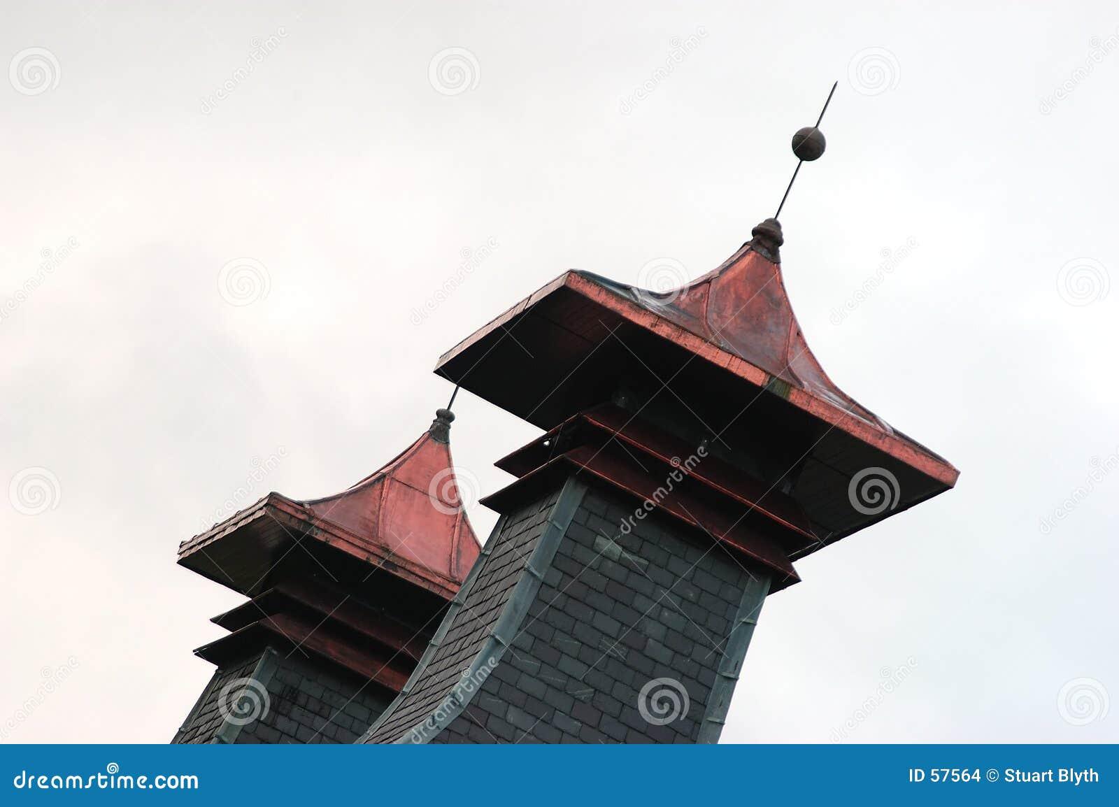 странные башни