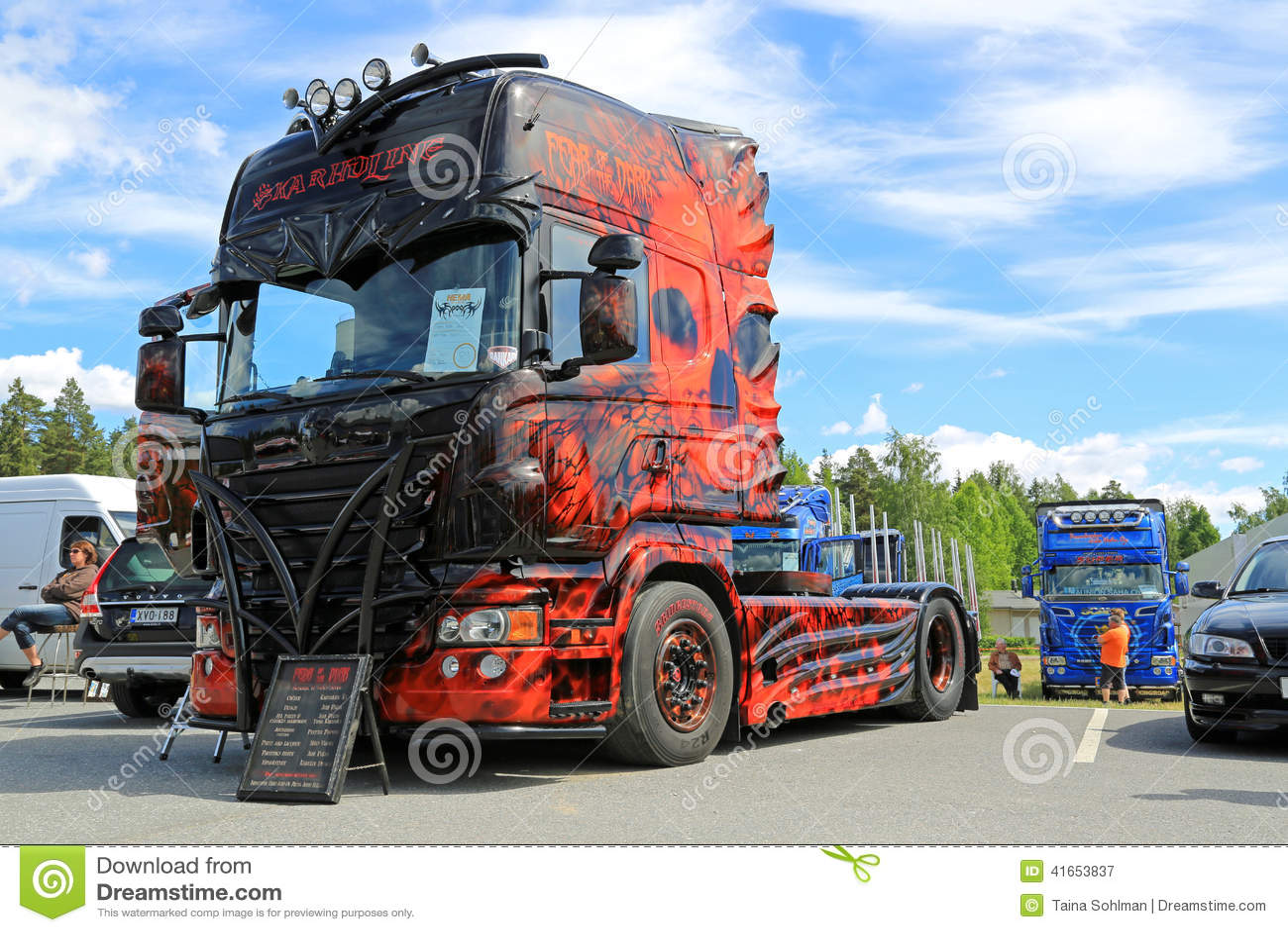 Страх темного победителя выставки тяжелого грузовика
