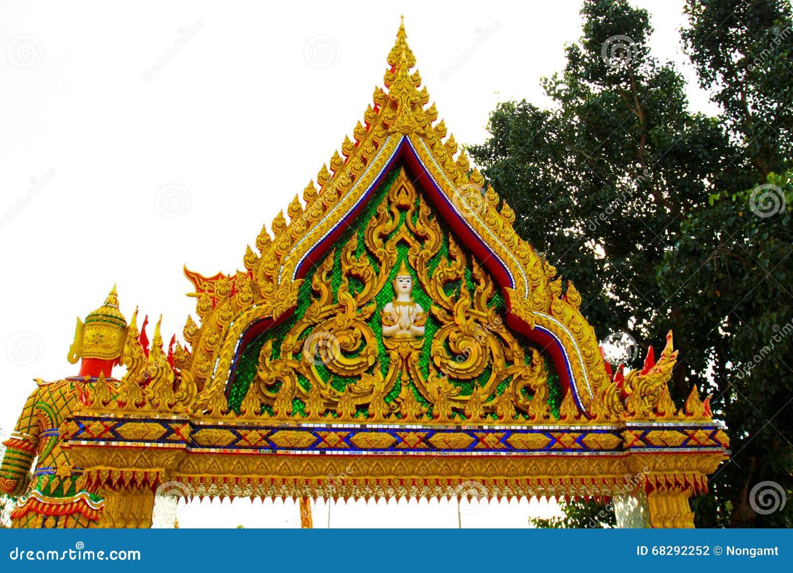 Строб виска местной архитектуры вероисповедания тайский