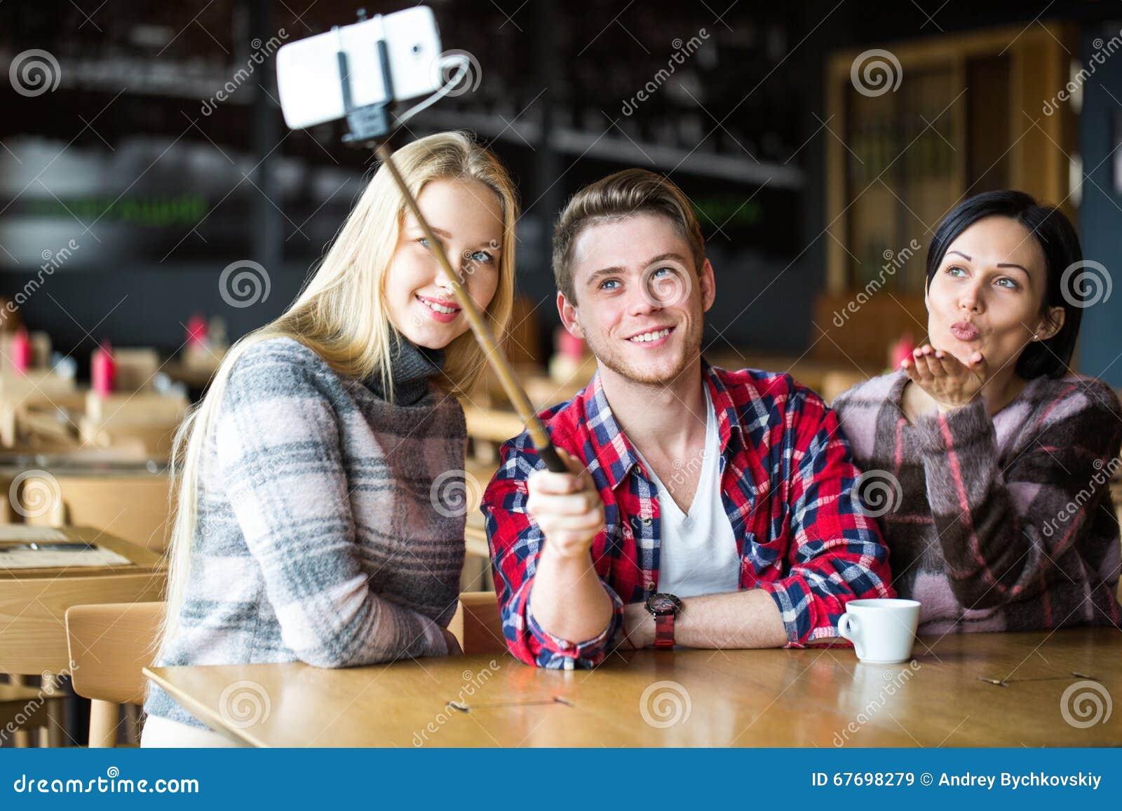 Студенты и девушки фото 230-885