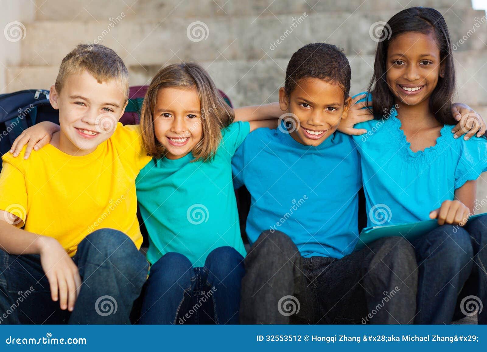 Студенты начальной школы