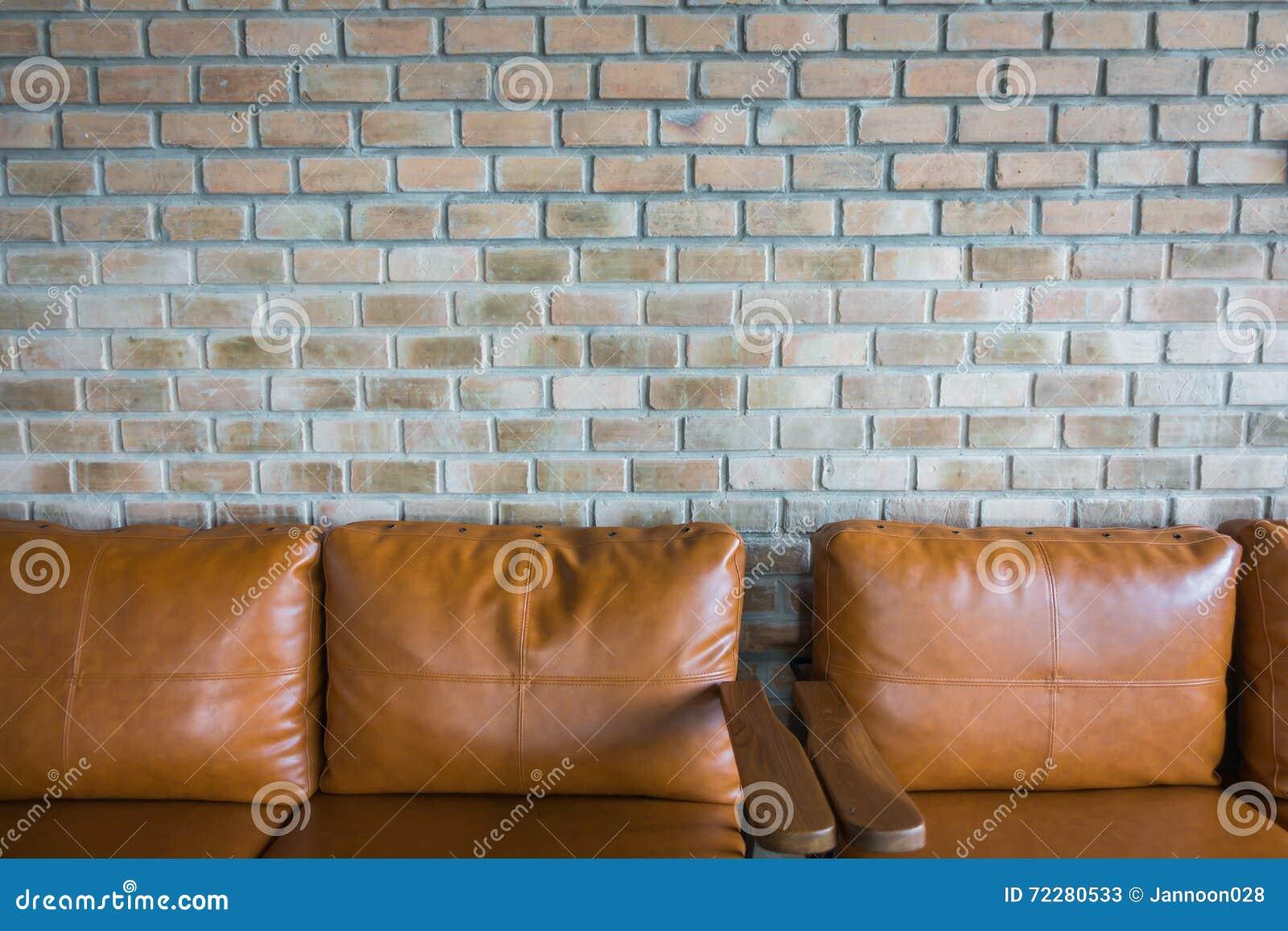 Download Стул около старой кирпичной стены Стоковое Изображение - изображение насчитывающей покинули, aloha: 72280533