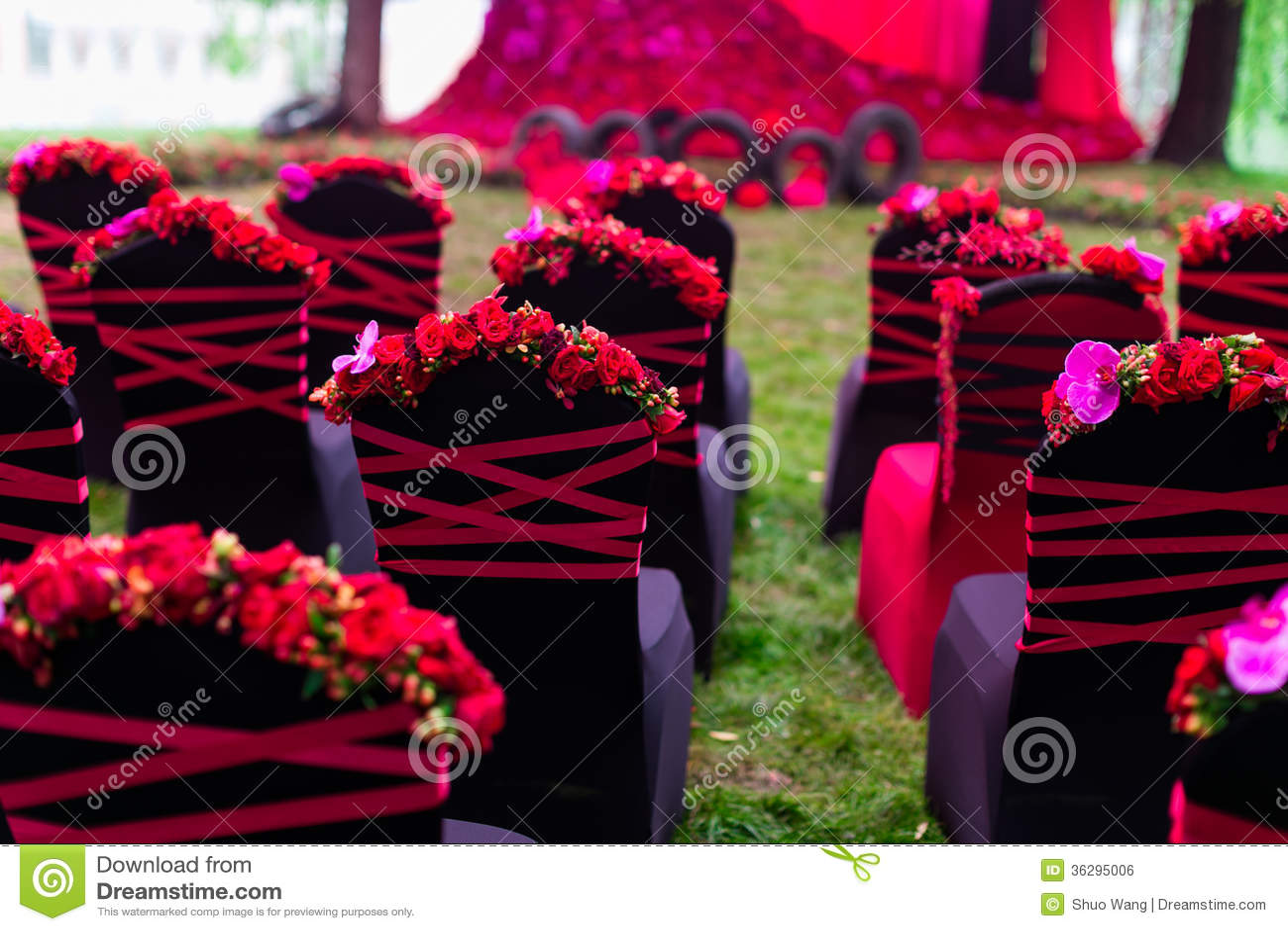 Стул свадьбы