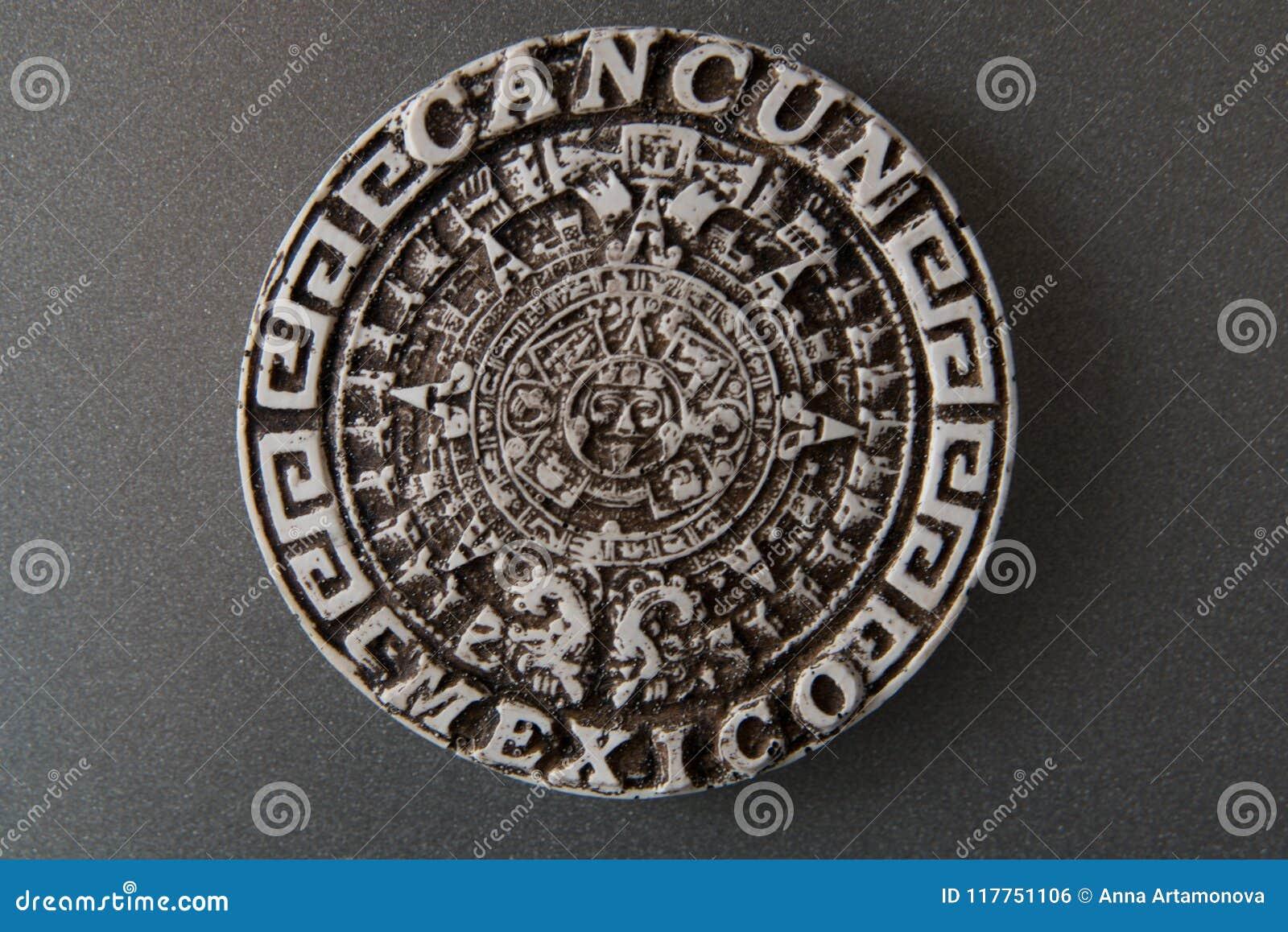 Сувенир для туристов от Мексики Круглый магнит от Cancun Мексика