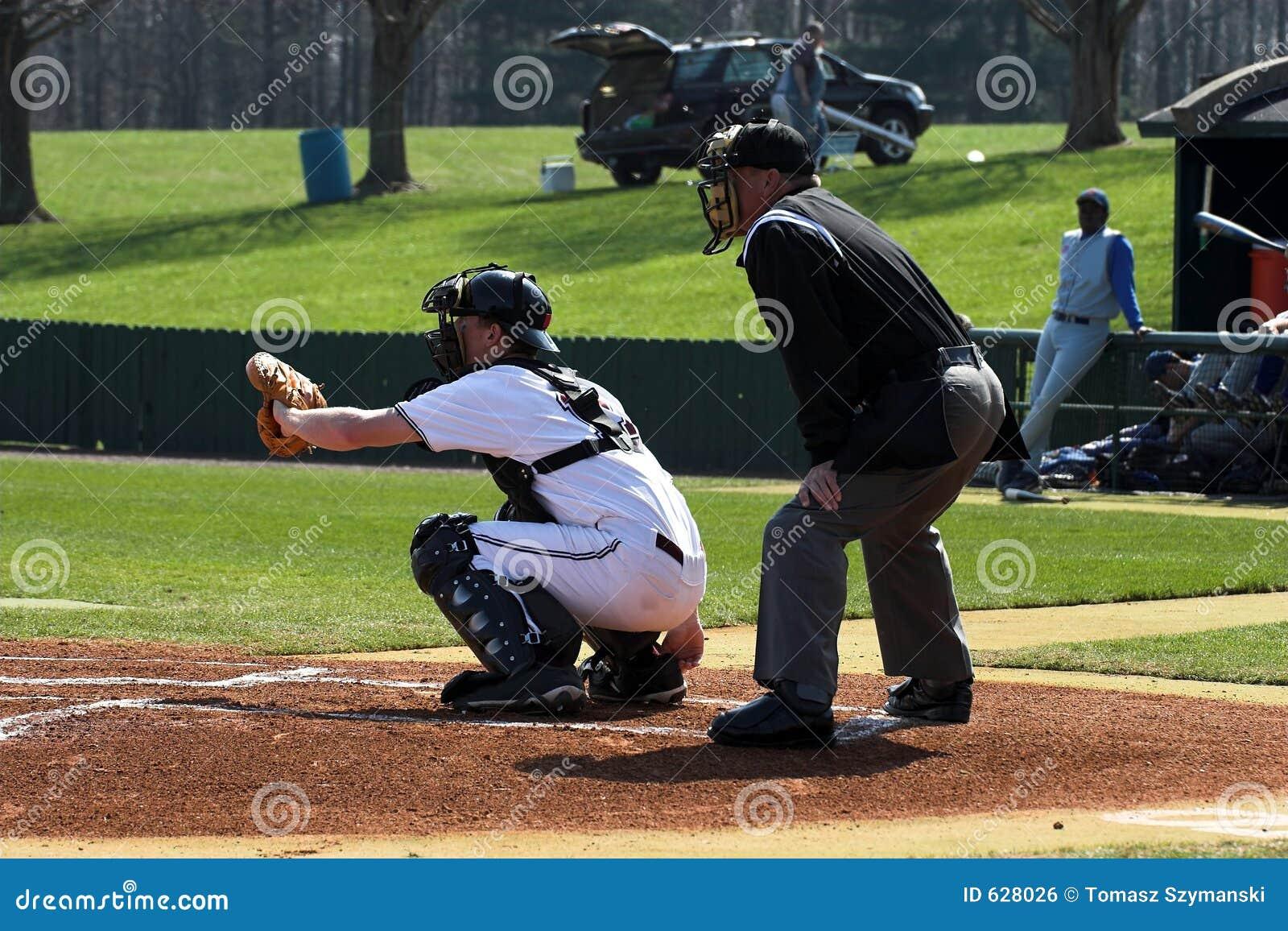 Download судья на вышке плиты Batter бейсбола Стоковое Фото - изображение насчитывающей bartlet, софтбол: 628026