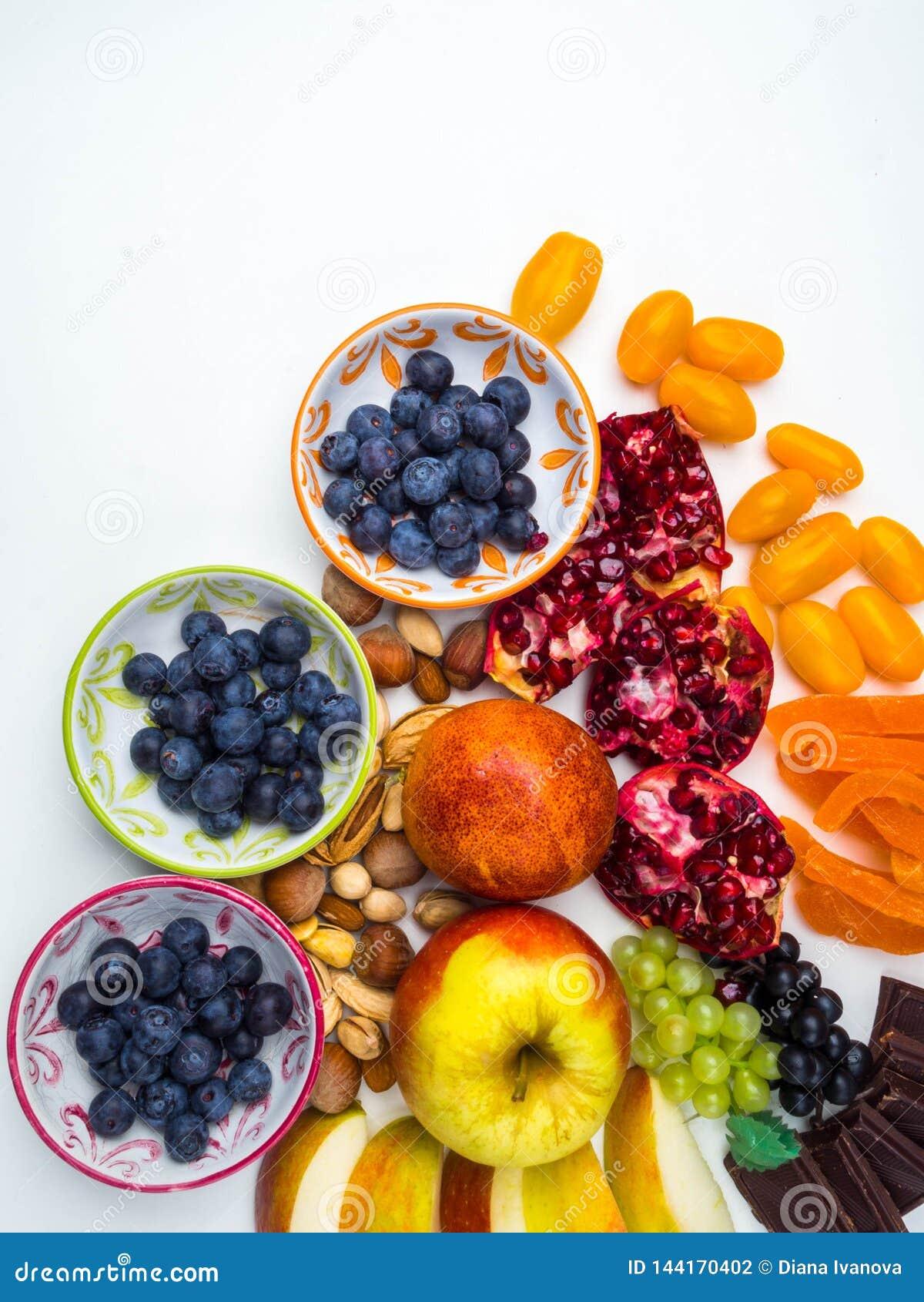 Супер противостарители Superfood смешивание свежих фруктов и ягод, богатое с resveratrol, витаминами, сырцовыми пищевыми ингредие