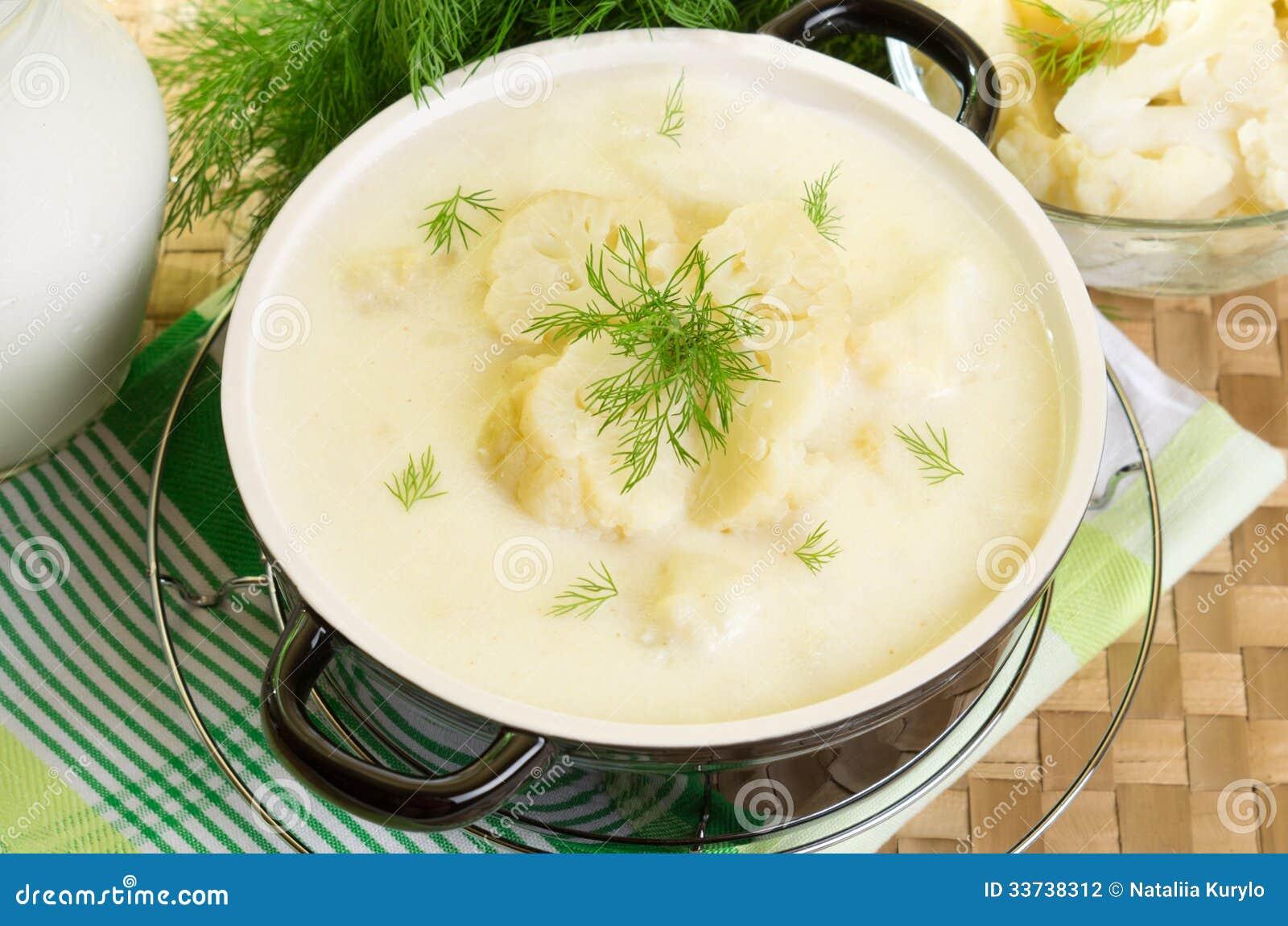 Суп молока с цветной капустой