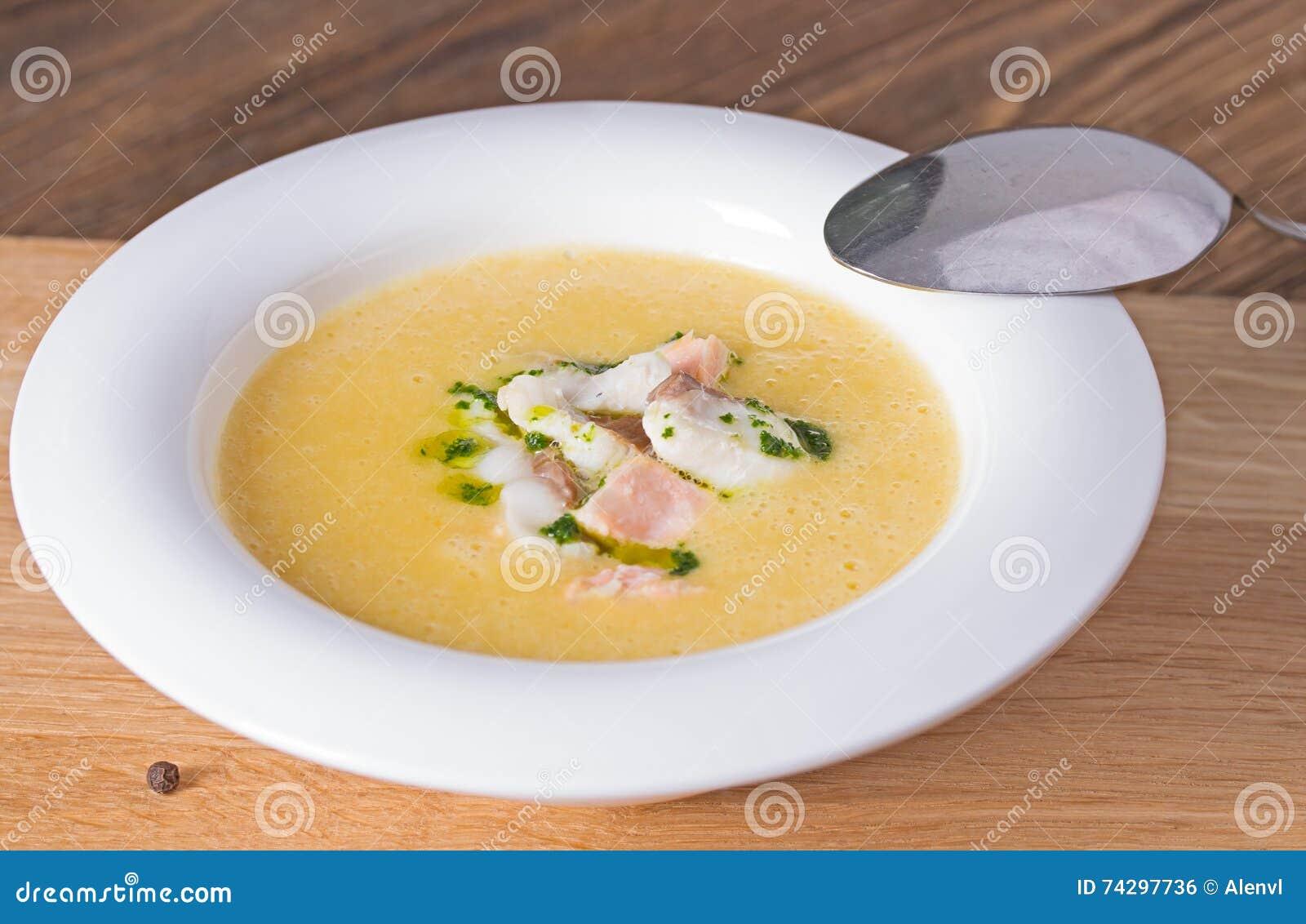 Суп сыра с копченым беконом