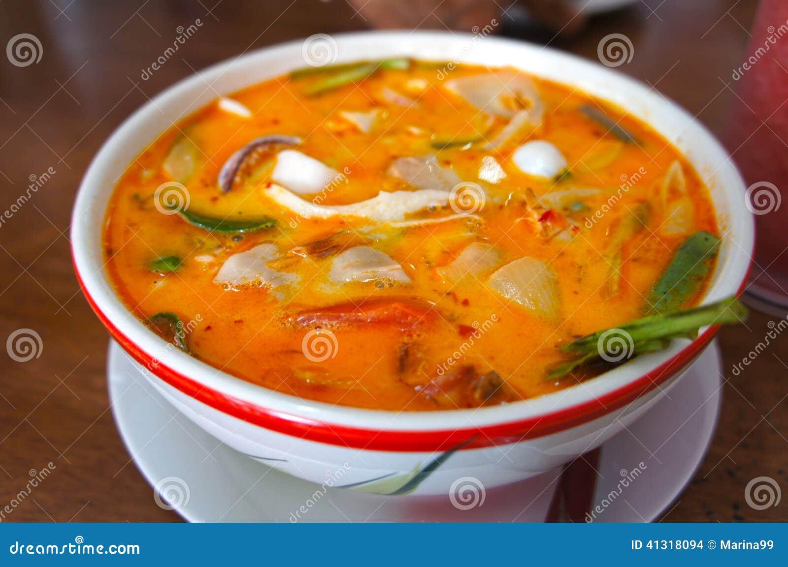 Суп Тома Yum, тайская еда