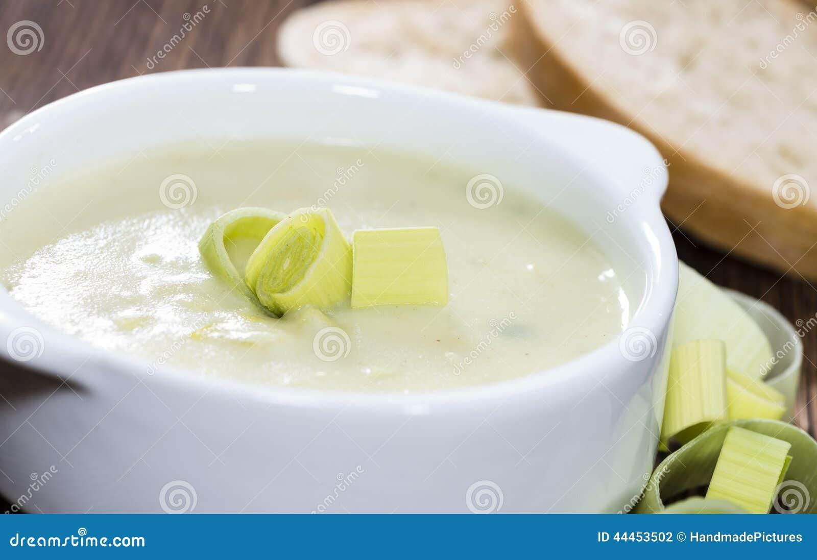 Суп лук-порея