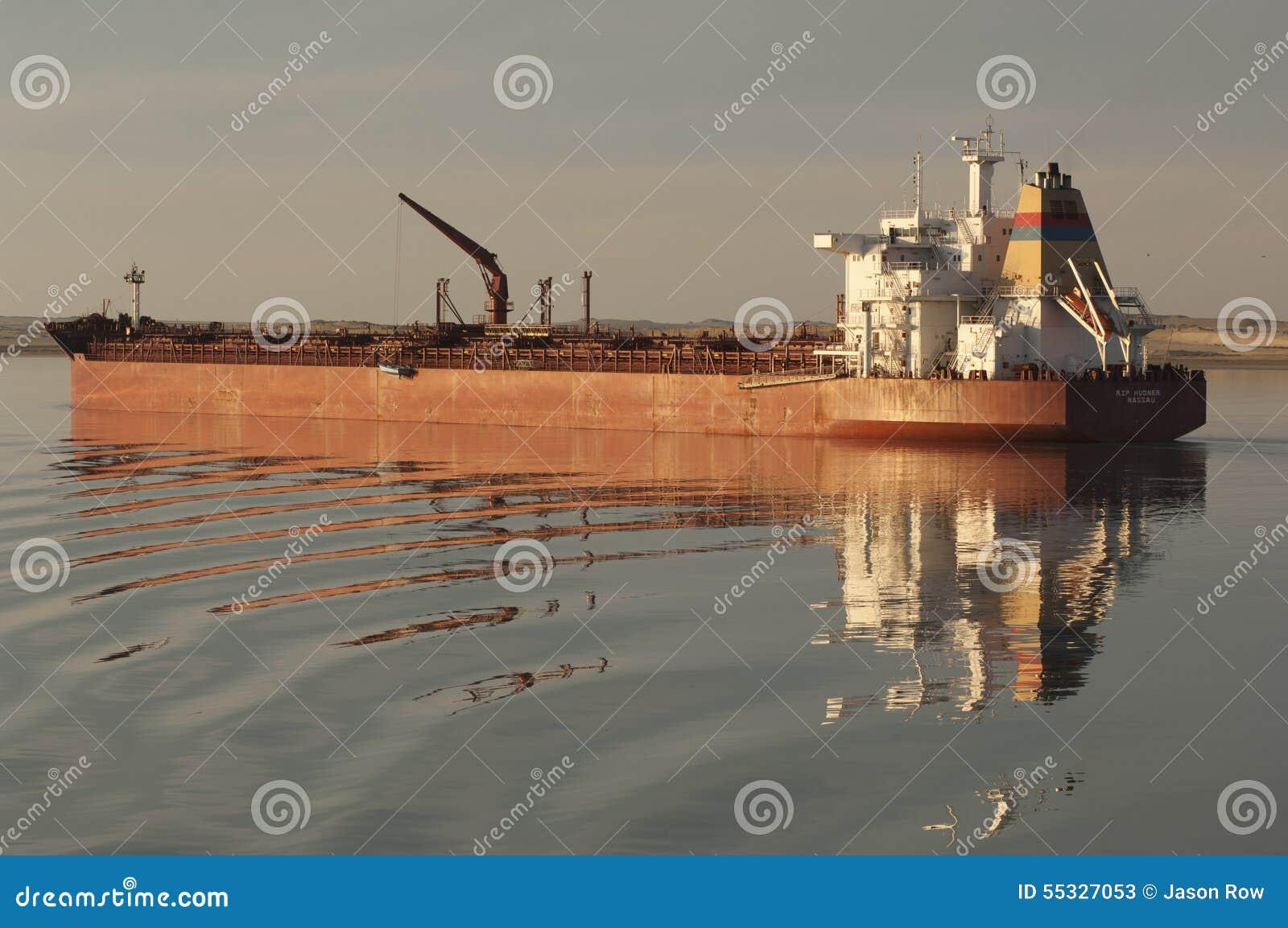 СУЭЦ CANAL/EGYPT - 3-ье января 2007 - СУЛОЙ Hudne судно-сухогруза