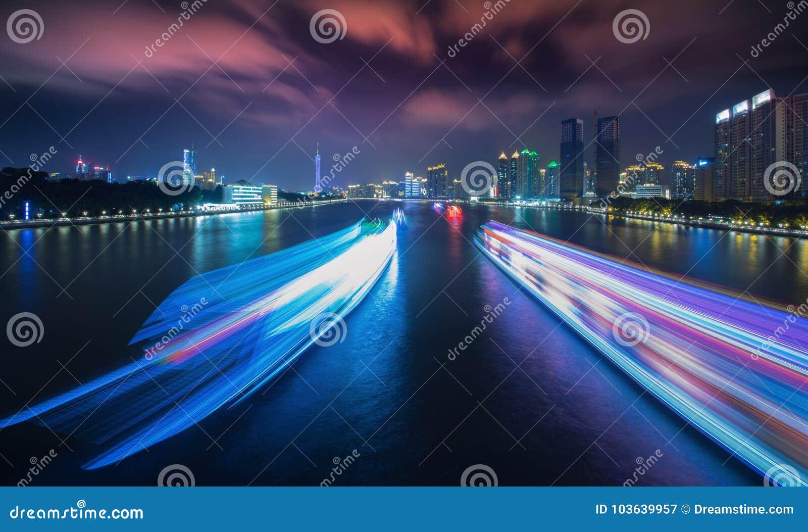 Сцена 1 ночи Pearl River