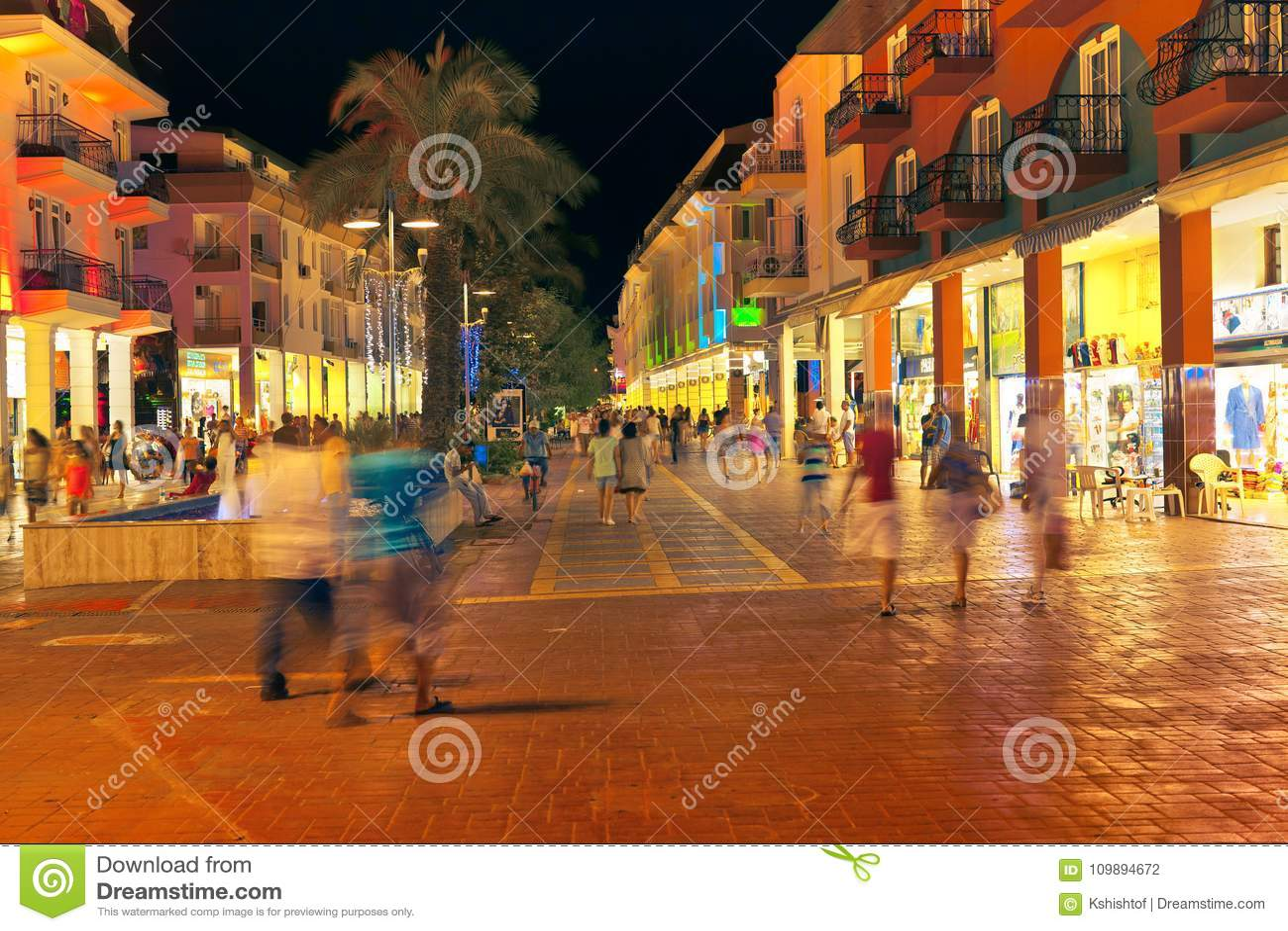 Сцена улицы в Kemer
