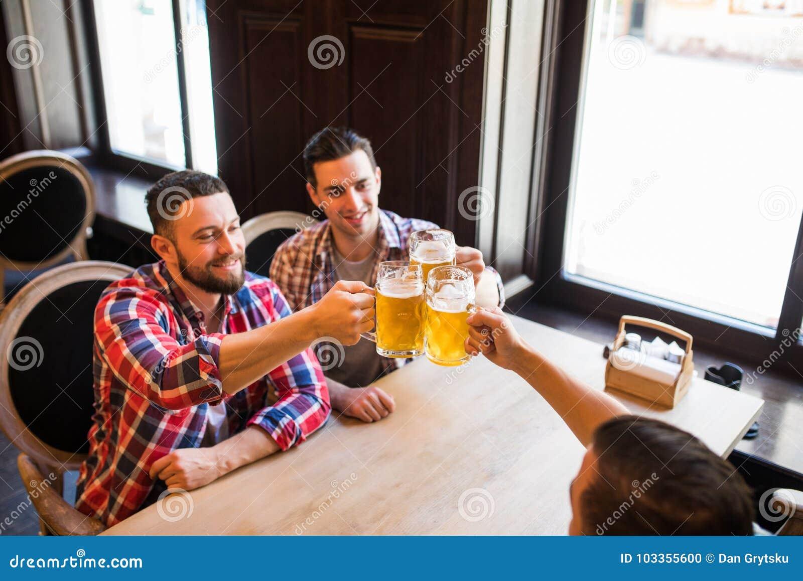 раз я выпил с друзьями по привычке слушать - 11
