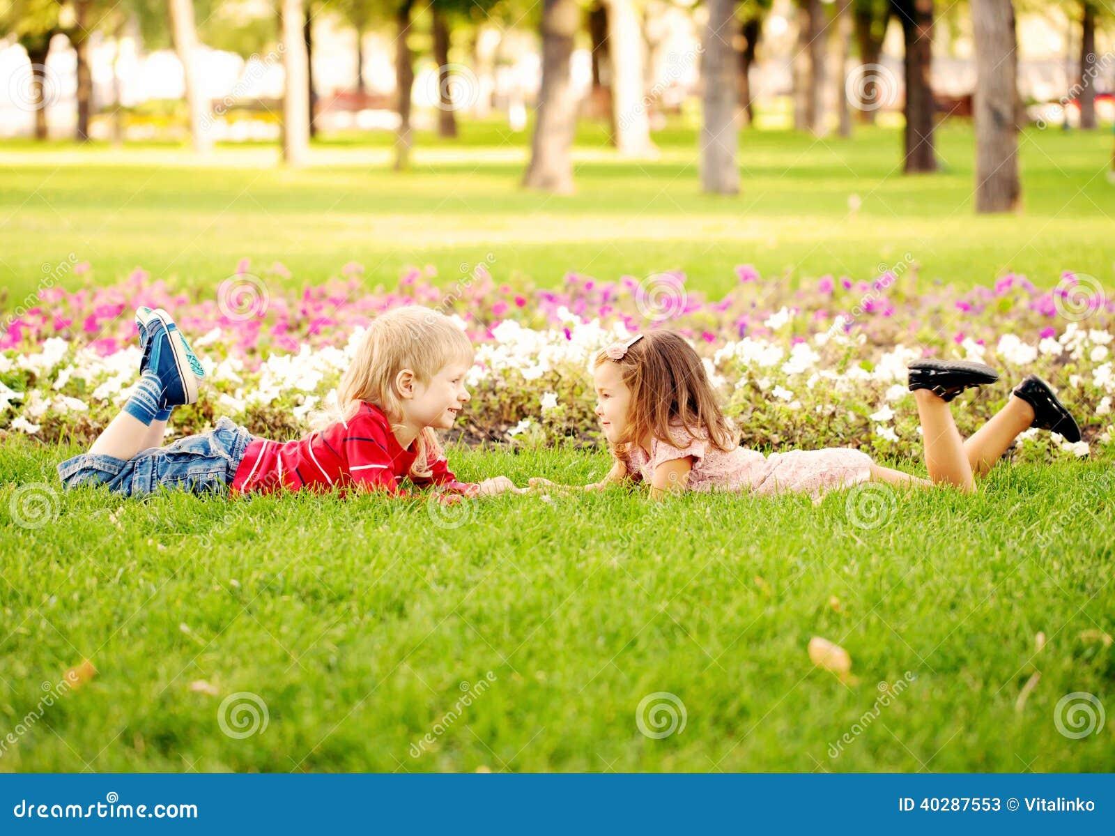 Счастье летних отпусков и детей.